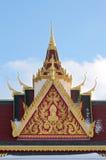 Buddyjskiej świątyni iglica i dach zdjęcie royalty free