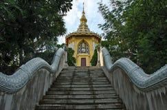 Buddyzm Pagodowy Świątynny Wat Yanasangwararam Woramahawihan, Pattay Zdjęcie Stock