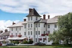 BUDE, CORNWALL/UK - 15-ОЕ АВГУСТА: Гостиница сокола в Bude в Корнуолле Стоковое Изображение