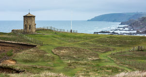 BUDE, CORNWALL/UK - AUGUST 15 : Compass Tower on the cliff top a Stock Photography