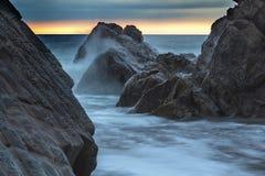 Bude, Cornwall, Zjednoczone Królestwo przy zmierzchem, piękny seascape, se Obraz Royalty Free