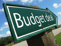 Budget deal road sign Royalty Free Stock Photography