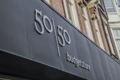 50 50 Budgetstore van het Leger van Redding bij het Nederland 2018 van Amsterdam stock afbeelding
