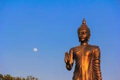 Budha和月亮 库存照片