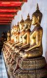 Budha-Statuen bei Wat Pho Lizenzfreie Stockfotos