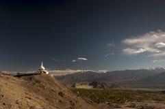 Budhist Shanti Stupa в Leh, Ladakh, Индии Стоковые Фото