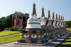Budhist Stupas und Buda Lizenzfreies Stockfoto