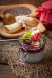 Budino del seme di Chia con frutta Immagini Stock Libere da Diritti