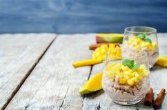 Budino di riso della cannella del mango Fotografia Stock
