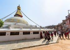 Budistas en Boudanath Imagenes de archivo