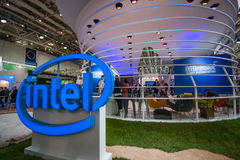 Budka Intel Corporation przy CeBIT technologie informacyjne wystawą handlowa Obraz Stock