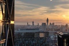 Budować szczegóły w Londyńskiej linii horyzontu przy zmierzchem Obrazy Stock
