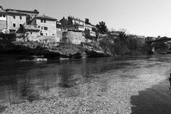 Budować wzdłuż Neretva rzeki Zdjęcie Stock