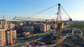 Budowa żuraw przy budową 4K zdjęcie wideo