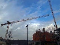 Budowa żurawie w Tarlabasi Istanbuł zdjęcie stock