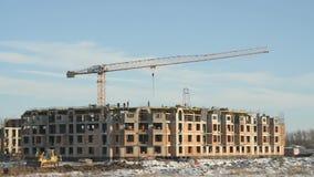 Budowa budynek mieszkaniowy w zimie zbiory