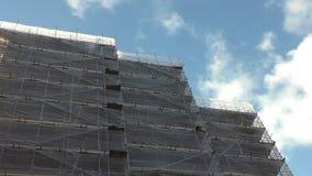 Budowa, jaskrawe chmury zbiory wideo