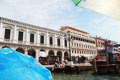 budować na brzeg rzeki w Venice Obraz Stock