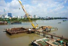 Budowa na Saigon rzece Fotografia Stock