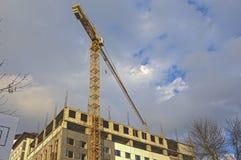 Budowa plac budowy Z Przemysłowym rozmiaru żurawiem HDR wizerunku tonowanie Obrazy Royalty Free