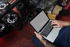 Budowa planu mistrzowskiego szkicu projekta laptopu Męski pojęcie Fotografia Stock