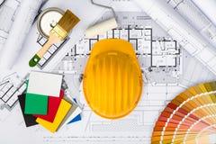 Budowa plany z Zbawczym hełmem i kolor paletą na błękicie Obrazy Royalty Free