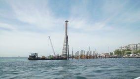 Budowa statek zatyka drymby pobliski brzegowy Istanbuł zbiory wideo