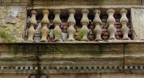 Budować w ruinach Baile Herculane, Rumunia - Fotografia Royalty Free