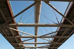 Budowa współczesny footbridge lub most Zdjęcia Stock