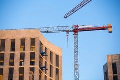 Budowa z żurawiem. obraz stock