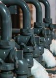 Budowa - Zewnętrzni rury z gazem w zimie Zdjęcie Stock