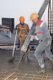 budowniczego betonowy dolewania pracownik Obraz Royalty Free