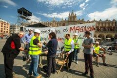 Budowniczowie protestują przeciw defraudaci podczas budowy nowy okręg Obrazy Stock