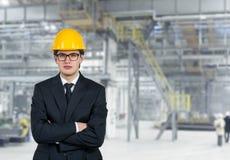Budowniczy w żółtym hełmie Zdjęcie Royalty Free