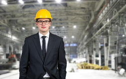 Budowniczy w żółtym hełmie Zdjęcia Stock