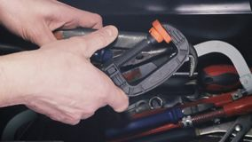 Budowy ręki narzędzia z ręką zdjęcie wideo