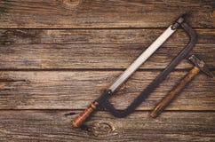 Budowy wyposażenie i narzędzia tło Drewniany stół od odgórnego widoku Obraz Stock