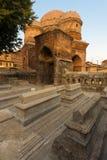 Budshah坟茔斯利那加坟墓结构树v 免版税库存照片