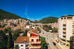 Budua, Montenegro, la vista dal grattacielo nella c Immagini Stock