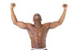 Budujący mięśniowy murzyn z rękami podnosić Obrazy Stock