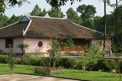 Budujący - Thiên Má' ¥ pagoda - odcień - Wietnam Zdjęcia Royalty Free