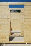budujący drzwi domu stronniczo drewno Zdjęcia Royalty Free