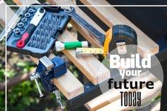 Buduje dzisiaj twój przyszłości - motywować wycena zdjęcia royalty free