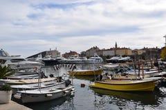 Budva, βάρκες του Μαυροβουνίου στον κόλπο Στοκ φωτογραφία με δικαίωμα ελεύθερης χρήσης
