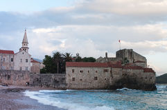 Budva jest Czarnogórskim miasteczkiem Zdjęcia Stock