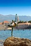 Budva miasteczka kasztelu Dancingowej dziewczyny stara statua Zdjęcie Royalty Free