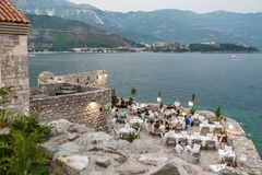 BUDVA, MONTENEGRO - AUGUST 16, 2017: cafe in old town in Budva, stock images