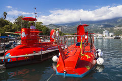 BUDVA, MONTENEGRO - AUGUST 22: submarine with a glass bottom in Royalty Free Stock Photos