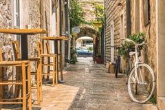Budva Montenegro, Sierpień, - 28, 2017: Stary Grodzki Uliczny Budva, Montenegro Pierwszy wzmianka ten miasto - więcej niż 25 wiek Obrazy Stock