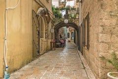 Budva Montenegro, Sierpień, - 22, 2017: Stary Grodzki Uliczny Budva, Montenegro Zdjęcie Royalty Free